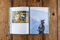 Hurly-Burly-Downhill-Mountain-Bike-World-Cup-Book-Annual047_1